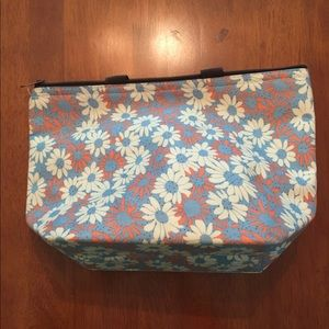 Bags - ON HOLD * Like new insulated Lunch bag